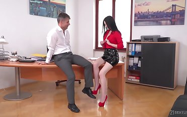 Babe loves office sex encircling her boss and that girl is cross