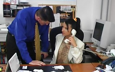 Brunette old bag Jitka spreads her legs for sex in the office