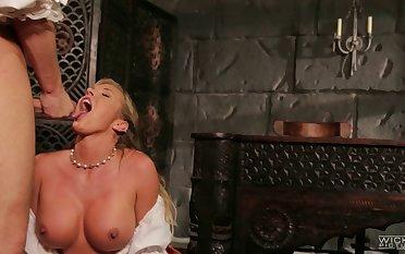Pornstar Samantha Saint fucked plus gets cum in pretty indiscretion