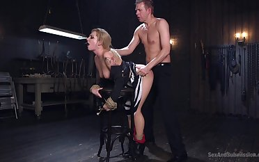 Master issues pleasure together with hanker to submissive Dahlia Aerosphere