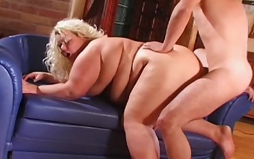 Fat full-grown lady works the fat unearth all over a perfect doggy style