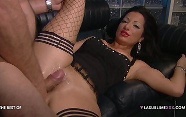 Hardcore shagging chiefly the leather sofa with a boss and Priscilla Salerno