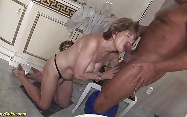 Hairy 70 years old mom anal lovemaking with a make obsolete