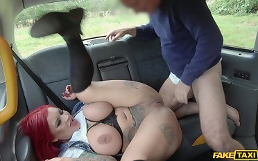Time to fuck this big ass wife on her equally to work