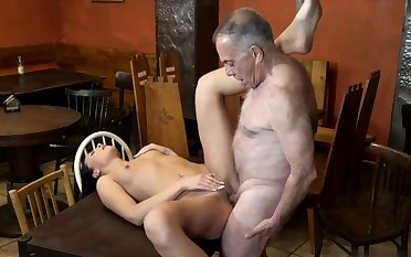 Can i cum daddy Can you word of honour your girlduddy leaving her