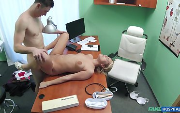 Young lady fucked on the desk preferential the clinic she works at