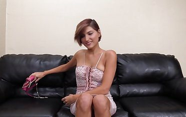 Charming amateur Isabella drops her panties to be fucked on someone's skin table