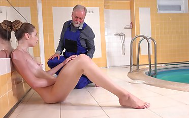 Quickie fucking by the pool between an old guy and sexy Ilona C