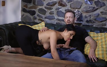 Hot brunette jizzed first of all ass after a crazy siamoise shag
