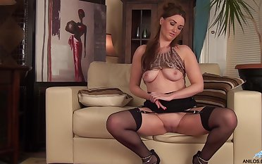 Down in the mouth sheet of solely mature Ella Clarke playing with her pussy