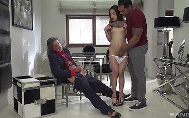 Black man with a fat dig up fucks consumptive white slut Esperanza del Horno