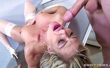 Nautical tack anal for the hot MILF once she ends with throating the dick