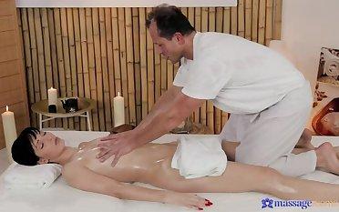 Unforeseen Hottie Massages Masseuse's Horseshit